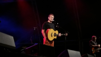 Johnny Clegg pauses to tell the story about Jaluka and Savuka PHOTO: Dane Hansen